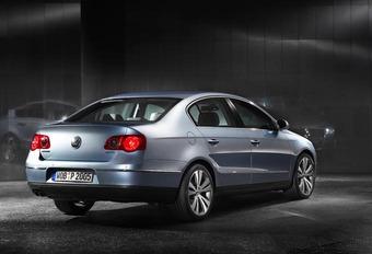 Volkswagen Passat 2005 #1