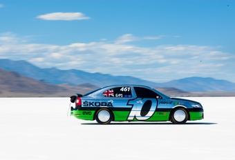 Skoda Octavia RS à 325 km/h #1