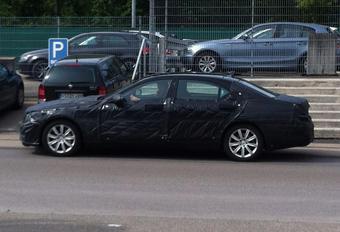 Mercedes Classe S camouflée #1