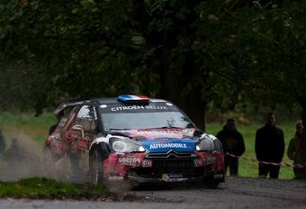 Victoire de Sébastien Loeb avec les couleurs du Moniteur Automobile #1