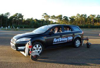 220 jeunes francophones au Ford Driving Skills #1