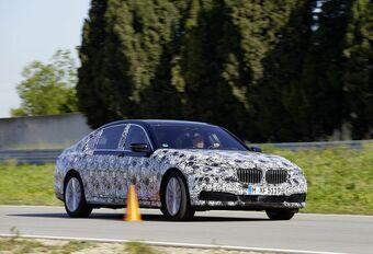 BMW Série 7, avec stationnement à distance #1
