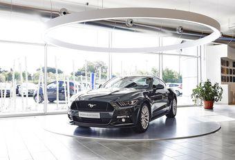 Ford transforme quelques concessions en stores #1