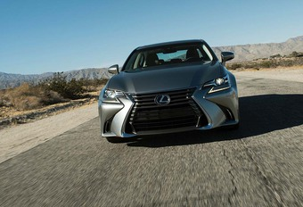 Lexus GS 2016 : technologique #1