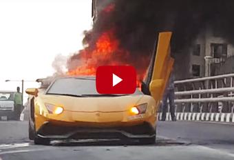 Lamborghini Aventador vat vuur #1