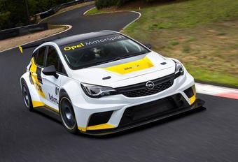 Racen met de Opel Astra TCR #1