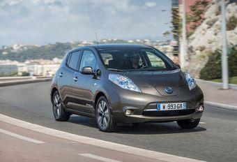 Nissan EV : la recharge « sans fil » en live à Genève #1