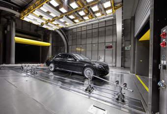La Commission porte plainte contre l'Allemagne à cause de Daimler #1