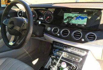 Le tableau de bord de la future Mercedes Classe E « de base » #1