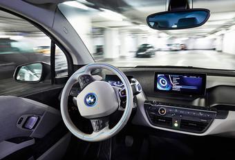 Une BMW autonome pour fêter le centenaire ? #1