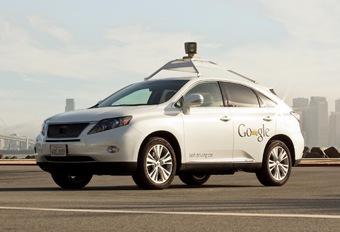 Une Lexus Google Car en tort dans un accident #1