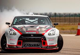 Nissan GT-R Nismo zet snelheidsrecord driften - video #1