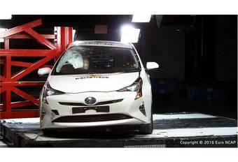 5 étoiles EuroNCAP pour la Toyota Prius #1