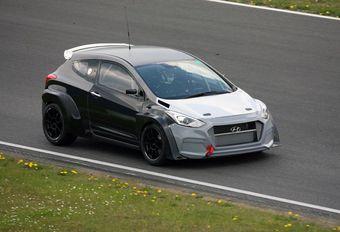 Hyundai: testmule van de i30 Turbo op de 24 Uren van de Nürburgring #1