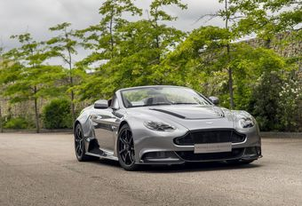 Aston Martin Vantage GT12 Roadster by Q #1