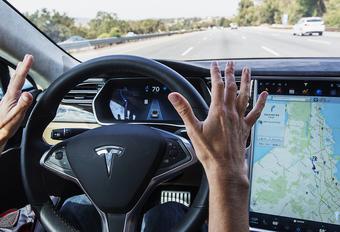 Tesla's Autopilot eist eerste dode #1