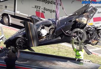 Crash Koenigsegg One:1 zet domper op Nordschleife-ronderecordpoging - video #1