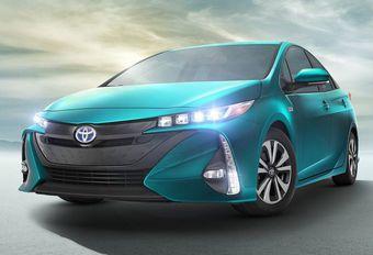 Toyota retarde le lancement de la Prius Prime #1