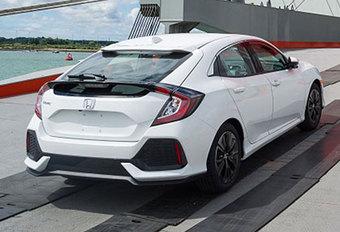 La nouvelle Honda Civic 5 portes photographiée sans camouflage #1