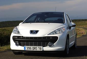 Peugeot 207 1.6 L THP #1