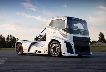 Zo angstaanjagend snel rijdt de Volvo Iron Knight + video #1