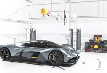 Aston Martin AM-RB 001: in trek #1