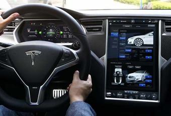 Tesla : La mise à jour 8.0 est officielle #1