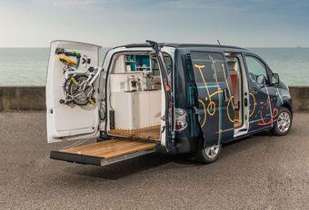 Un bureau mobile électrique en Nissan e-NV200 #1