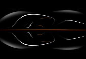 Une McLaren 3 places en préparation #1