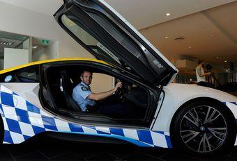 Australische politie rijdt in BMW… i8 #1