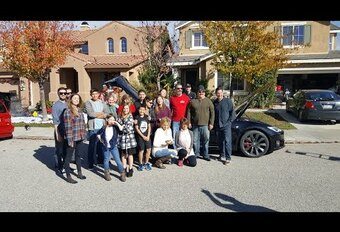 Tesla : nouveau transport en commun #1