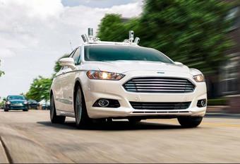 Ford : pas de voitures autonomes avant 2026 #1