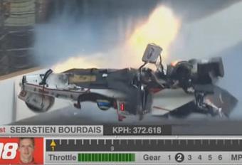 Verschillende breuken voor Sébastien Bourdais in horrorcrash Indy 500 – met video #1