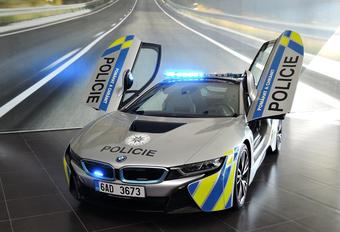 Slecht nieuws omtrent de BMW i8 van de Tsjechische politie #1