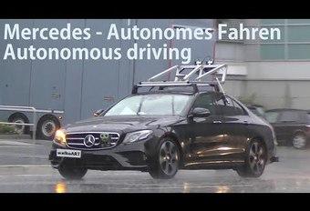 Mercedes se prépare à la conduite autonome #1
