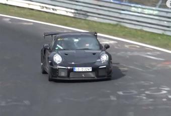 Porsche 911 GT2 RS strekt de benen #1