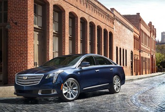 Cadillac XTS eindelijk opgefrist #1