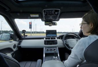 Jaguar Land Rover autonoom in de stad #1