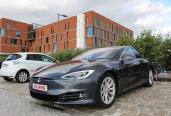 Tesla Model S: rijbereikrecord dankzij 2 Belgen #1