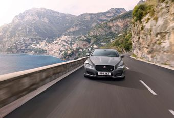 Jaguar XJ: nu met 575 pk #1