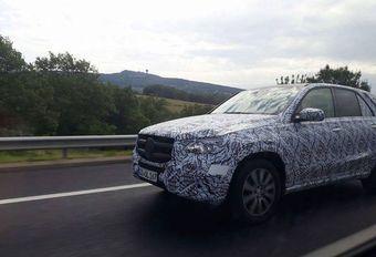 Mercedes GLE 2019 sur la route #1