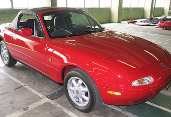 Mazda : service restauration de MX-5 #1