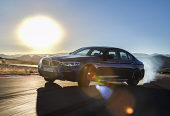BMW M5: xDrive, V8-biturbo, 600 pk, 305 km/u