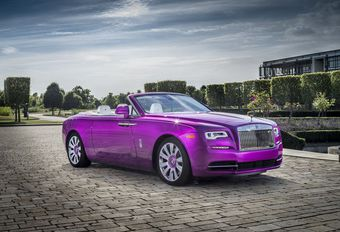 Rolls-Royce Dawn Fuxia : rose de collection #1
