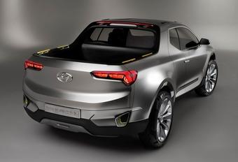 Hyundai pick-up bevestigd #1