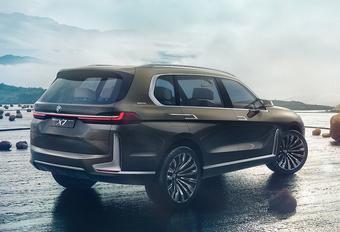 BMW X7 iPerformance gaat voor scalp Range Rover #1