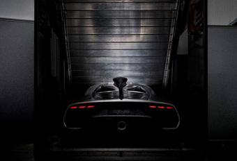 De Mercedes-AMG Project One toont zijn kont #1