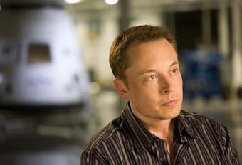 Elon Musk treitert Daimler #1