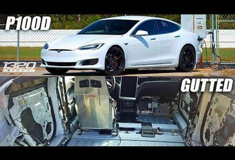 Record en Tesla Model S P100D « superlegerra » #1