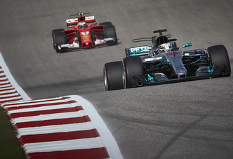 Hamilton nog (net) geen wereldkampioen, Mercedes wel #1
